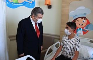 Sağlık Bakanı Koca, Erzurum Şehir Hastanesi Çocuk...