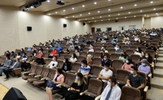 Tıp Fakültesi 2021-2022 Akademik Yılı Açılış Dersini Üniversitemiz Rektörü Prof. Dr. Niyazi Can Verdi