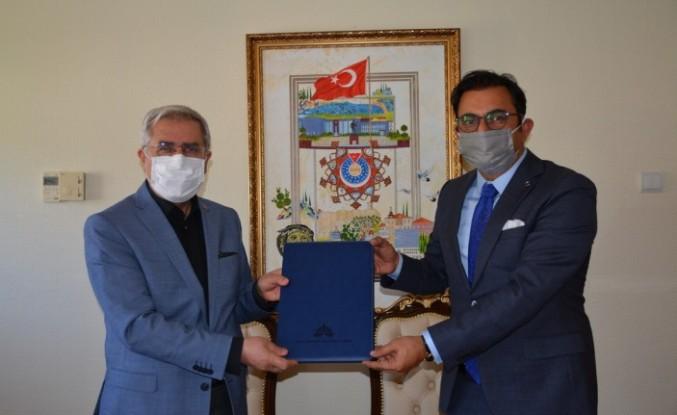 """KSÜ ve DOĞAKA """"Kahramanmaraş Moda ve Tasarım Akademisi"""" Projesinin Protokolü İmzalandı"""