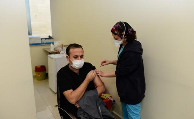 KSÜ Tıp Fakültesi Hastanesinde COVİD-19 Aşısı 2. Doz Uygulamasına Başlandı