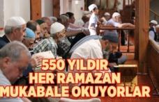 Kahramanmaraş'ta 550 yıllık mukabele ve binbir hatim geleneği tarihi Ulu Cami'de üç vakit yaşatılıyor.