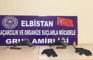 Elbistan'da silah kaçakçısı 2 kişi tutuklandı!