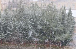 Kahramanmaraş güne kar ile uyandı