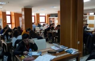 Büyükşehir'de bilginin merkezi kütüphaneler...