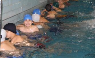 """""""Yüzme Bilmeyen Kalmasın"""" projesi başlatıldı"""