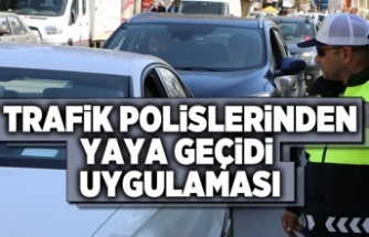 Trafik polislerinden yaya geçidi uygulaması
